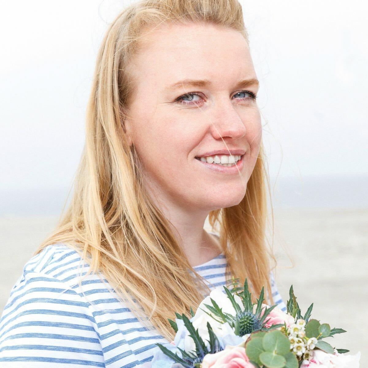 Porträtfoto der Norderneyer Blumenhändlerin Antje Boekhoff