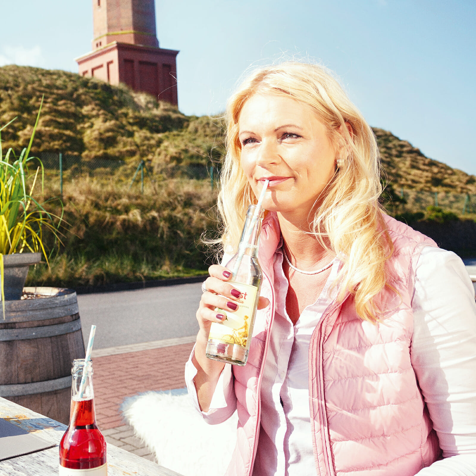 Martina Menken am Leuchtturm Norderney